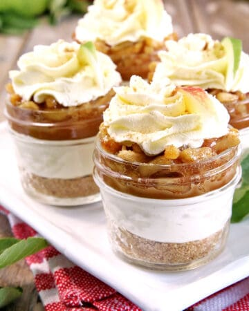 These Easy Gluten-Free Caramel Apple Pie Parfaits are the warm and comforting fall treat that are not only gorgeous but absolutely delicious!